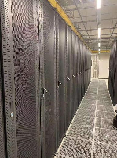泉州服务器托管机柜选择需要考虑的因素?