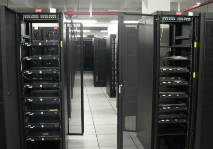 厦门企业服务器租用选择的注意事项