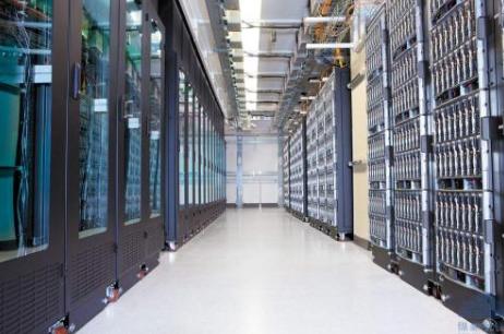 服务器托管需要考虑五个因素