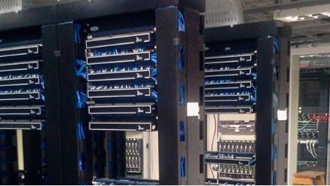 香港多IP站群服务器有何特点?推荐购买的香港多IP站群服务器配置及价格!