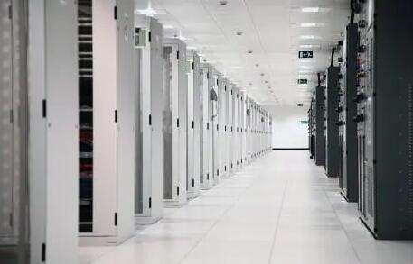 选择美国站群服务器需要从哪些方面考虑?