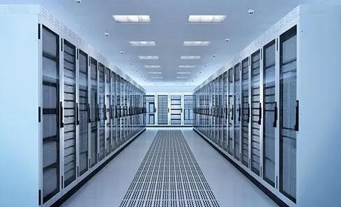 怎么选择合适的美国站群服务器?