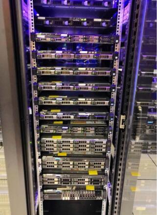 一个机柜可以部署多少台服务器?